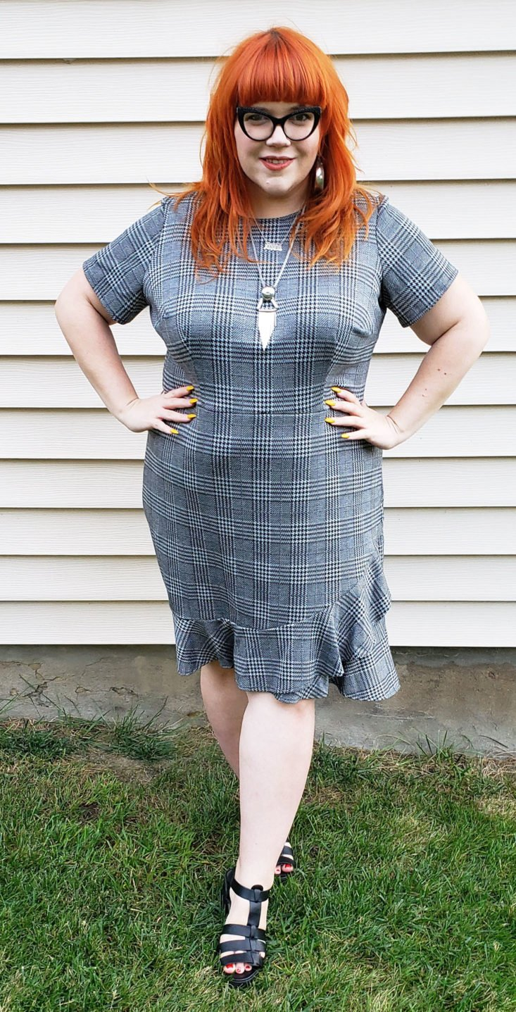 Gwynnie Bee Box October 2018 - Plaid Ruffle Hem Fit And Flare Dress By London Times 0008