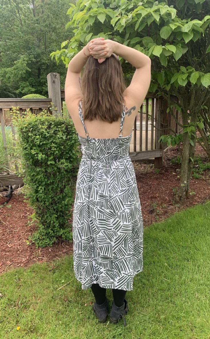 Golden Tote Clothing Tote Review May 2019 - Out of Africa Midi Dress 4 Back